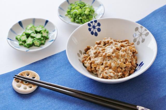 オクラと納豆の人気レシピ1位!丼・サラダ・うどん・パスタなど