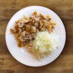 【教えてもらう前と後】レンジで5分で作る生姜焼きのレシピ!手が汚れない焼かない作り方(7月30日)